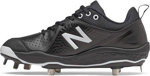 New Balance Women's Fresh Foam Velo V2 Metal Softball Shoe