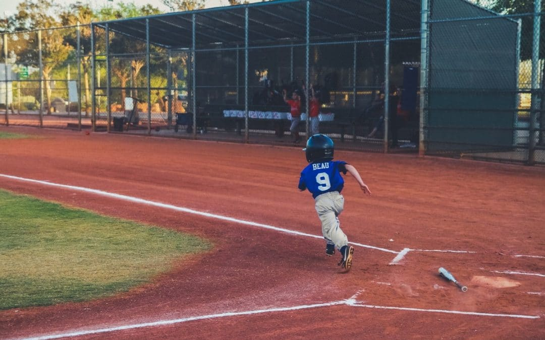 5 Best Youth Baseball Cleats for 2021: Improve Your On-Field Game